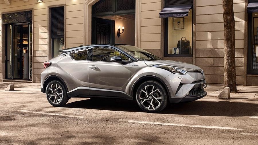 Toyota-CH-R-side
